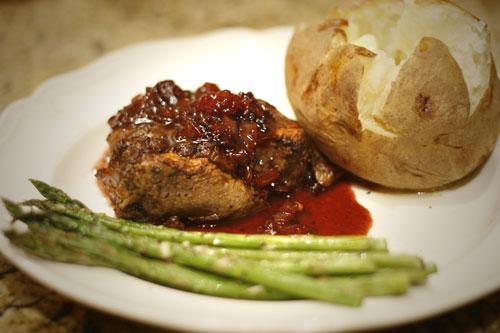 Beef-Tenderloin-with-Blackb