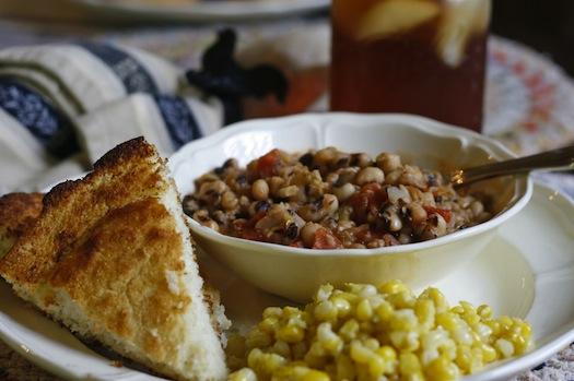 Black-Eyed-Peas-cornbread