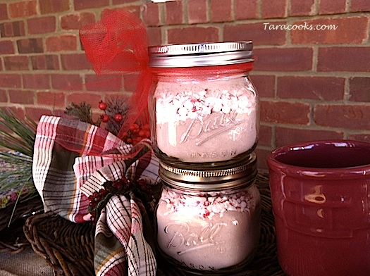 12 Days of Christmas Jar Gifts – Peppermint Hot Chocolate Mix